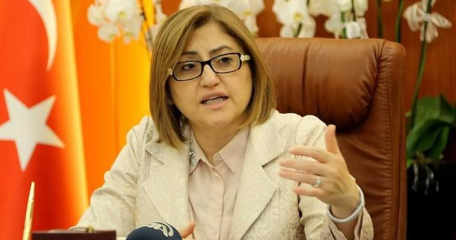Otobüs provokasyonuna Fatma Şahin'den yalanlama