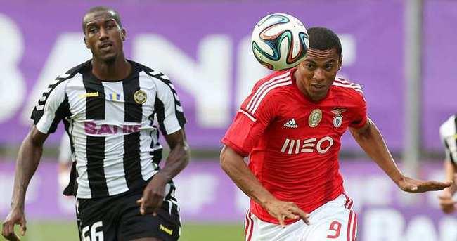 Benfica'dan Kayserispor'a 2 Brezilyalı