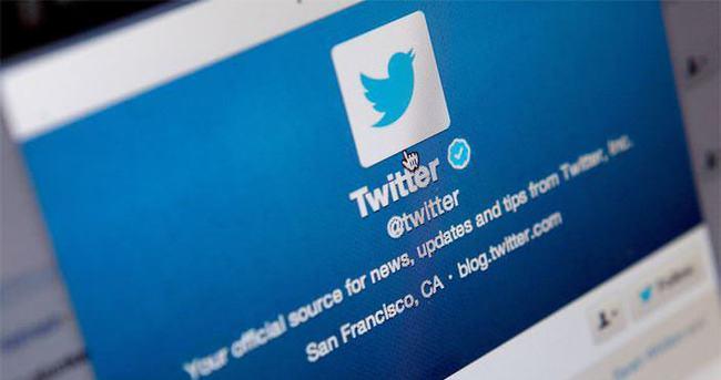 Twitter zaman akışındaki duvar kağıdını kaldırdı