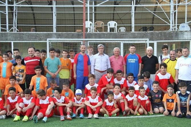 Din Görevlileri Derneğinden Geleneksel Futbol Turnuvası