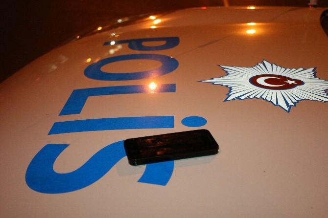 Unutulan Cep Telefonu Polisi Alarma Geçirdi