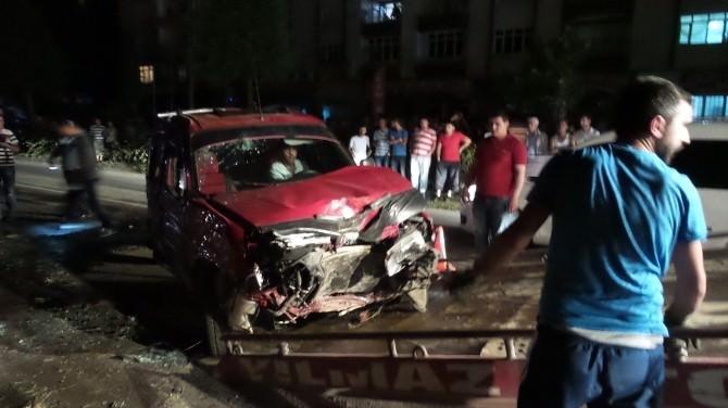 Çarşamba'da Trafik Kazası: 10 Yaralı