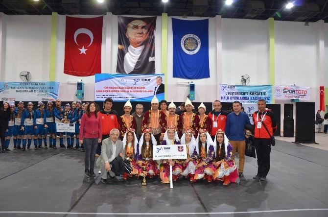 Silifke Belediyesi Halk Oyunları Ekibi Türkiye Finalinde Yarışacak