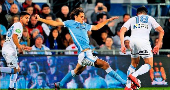 Enes'li Manchester City Salih'li Roma'yı devirdi