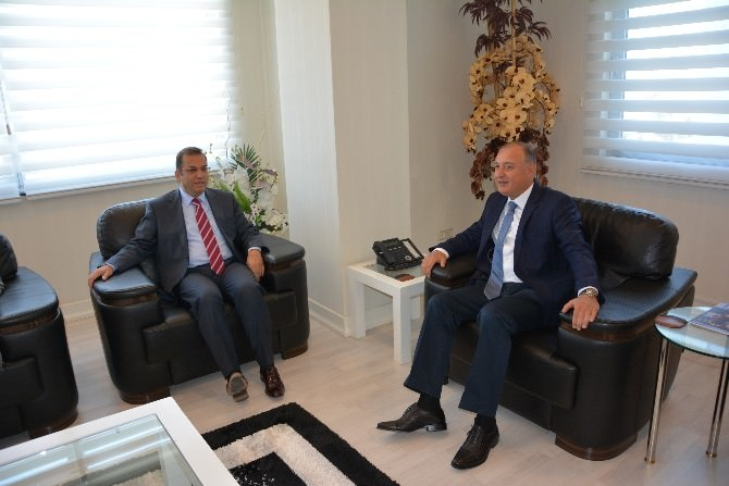 Vali Muammer Türker, Aesob'u Ziyaret Etti