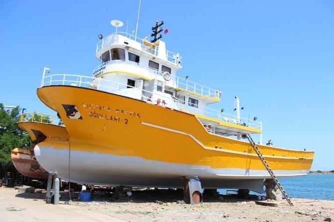 Balıkçı Tekneleri Yeni Sezona Hazırlanıyor