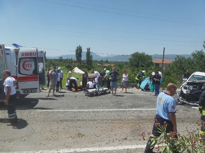 Muğla'da Trafik Kazası; 1'si Ağır, 7 Yaralı