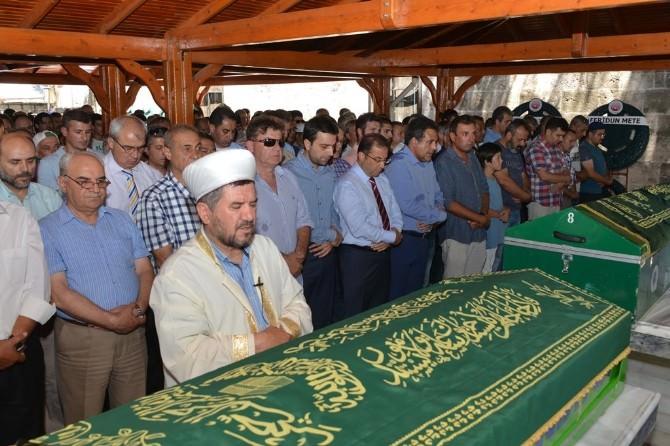 Vali Türker Vedat Yılmaz'ın Cenaze Namazına Katıldı