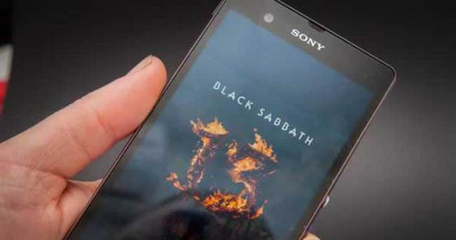 Sony, Xperia arayüzünü degiştiriyor!