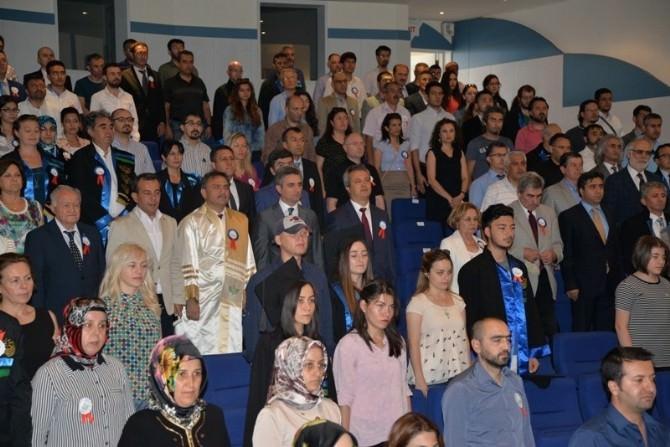 İzzet Baysal Vakfı Dereceye Giren Öğrencileri Ödüllendirdi