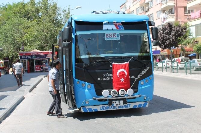 Niğde'de Özel Halk Otobüsü Şoförleri Şehitlerini Unutmadı