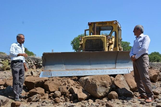 Yunusemre Belediyesinden Yol Yapım Çalışması