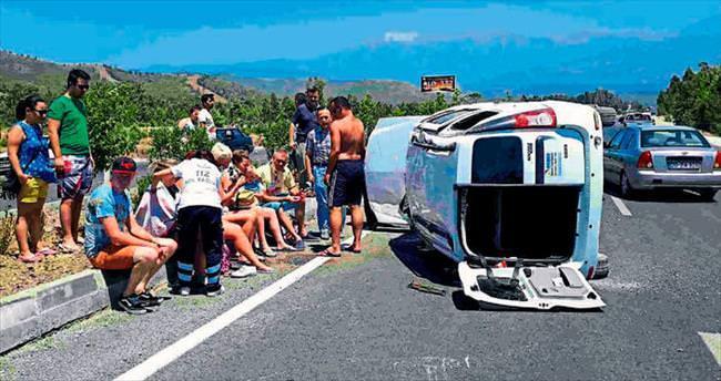 Turistler ölümden döndü