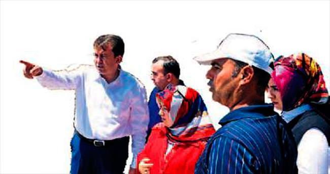 Başkan Erkoç sahaya indi