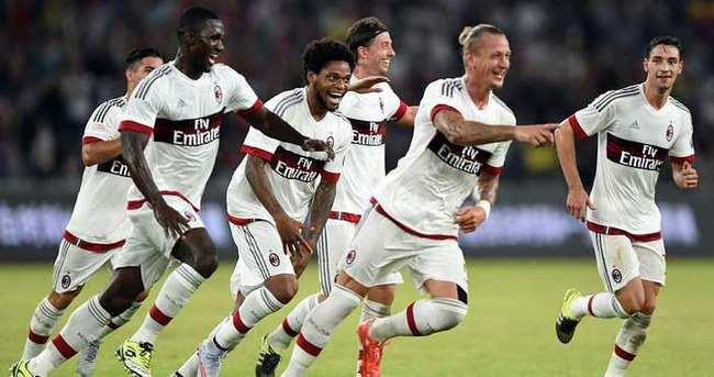 Milan, Inter'i tek golle yıktı