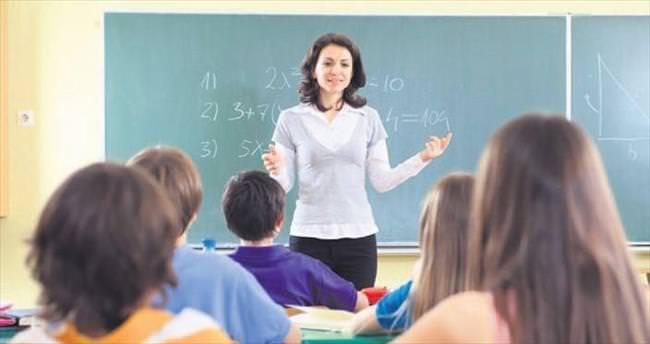 13 bin öğretmenin 'kamu' umudu bitti