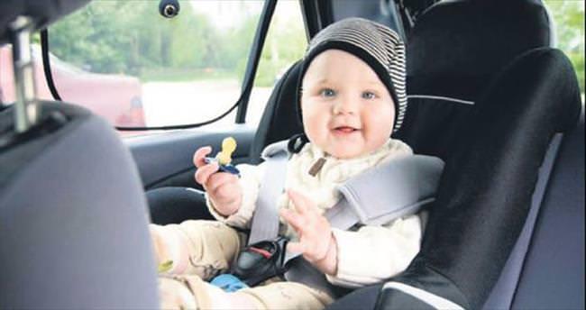 Bebeği arabada unutmaya son
