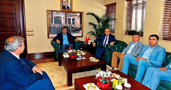 Kalkınma Bakanı Yılmaz Adana'da