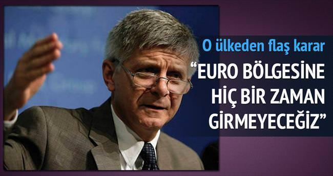 Yanan bir Euro'ya girmeyiz