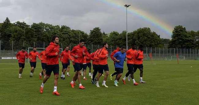 Trabzonspor'da 8 oyuncu ile yollar ayrılıyor