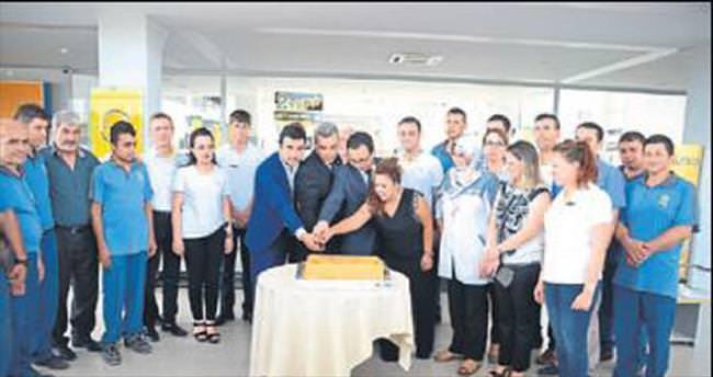 Mutsan Opel Plaza 10. yaşını kutladı