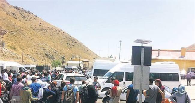Ambargodan kurtulan İranlılar Van'a akın etti