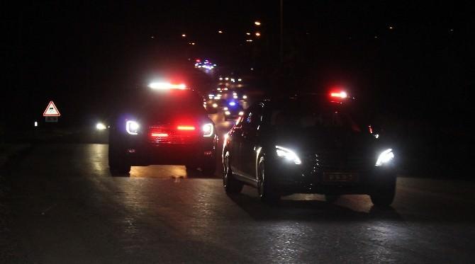 Başbakan Davutoğlu Özel Kuvvetler Komutanlığında 4 Saat Kaldı