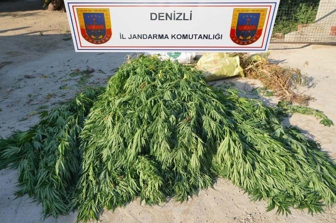 Denizli'de Uyuşturucuya 4 Gözaltı