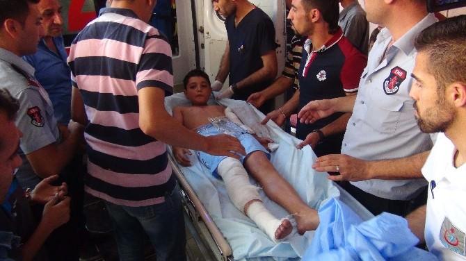 Buldukları Cisim Ellerinde Patlayan 2 Çocuk Yaralandı