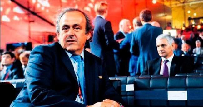 Ve Michel Platini adaylığını açıklıyor