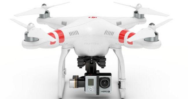 Çıplaklar plajında drone röntgenci çıktı