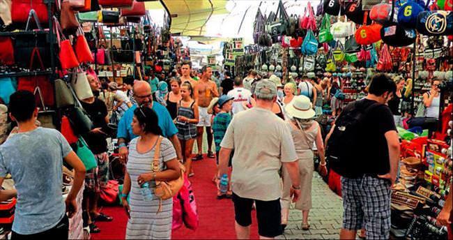 Salı Pazarı'nda turist bereketi