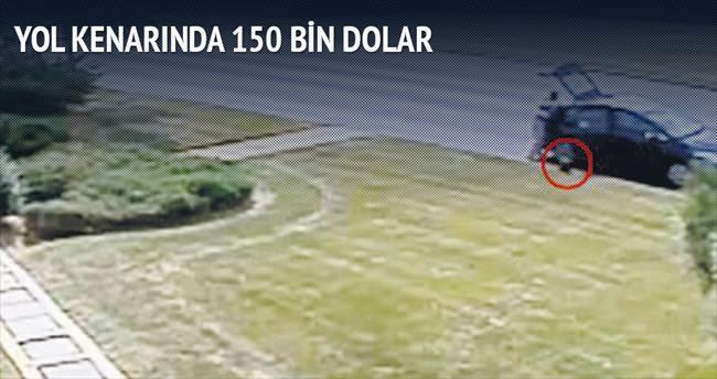 150 bin doları yol kenarında unuttu