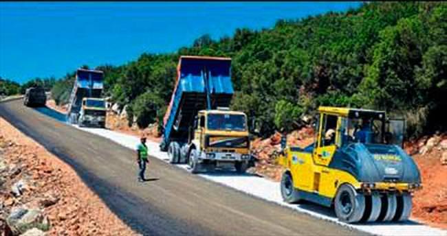 Büyükşehir yayla yolunu asfaltlıyor