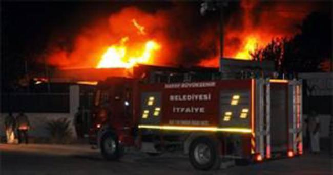 Hatay'da büyük yangın!