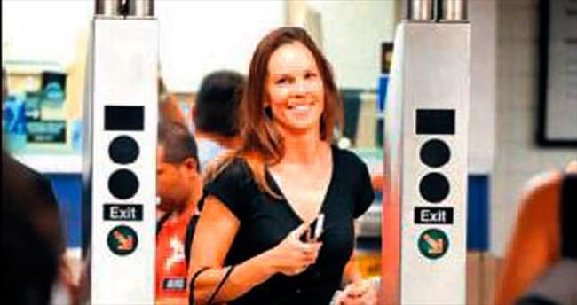 'Milyon dolarlık bebek' metroda