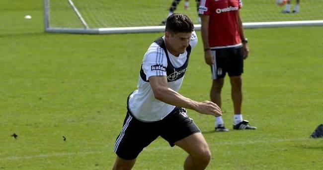 Mario Gomez ilk antrenmanına çıktı