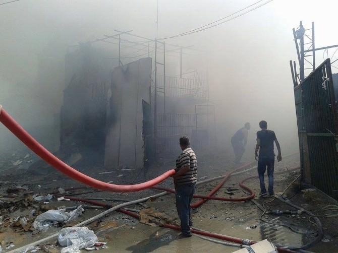 Söke'de Yangın, Geri Dönüşüm Deposundaki Yangın Korkuttu