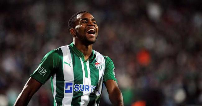 Bakambu, La Liga'ya transfer oluyor
