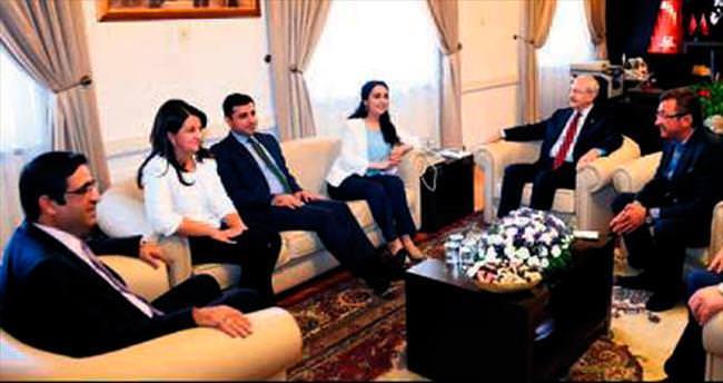 'Barış için PKK silah bırakmalı'
