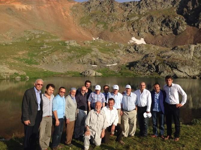 Vali Köy Ziyaretleri Devam Ediyor