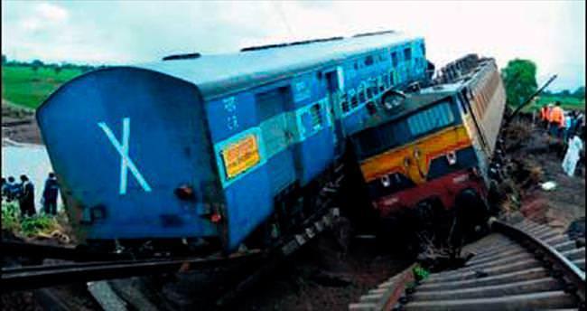 Tren ve otobüs faciası: 40 ölü