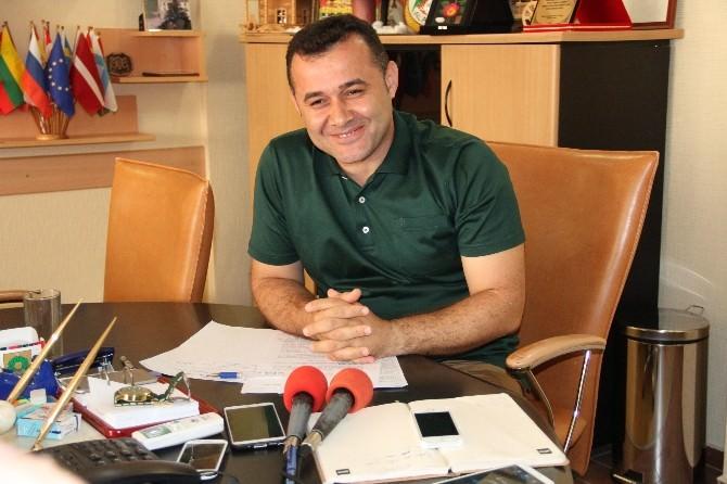 Büfeler Mahkeme Kararıyla Alanya Belediyesi'ne Geri Verildi