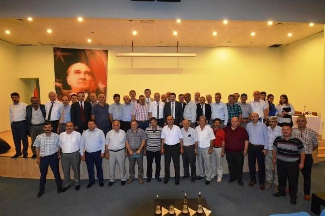 Trabzon'da Muhtarlar Elektrik İçin Toplandı