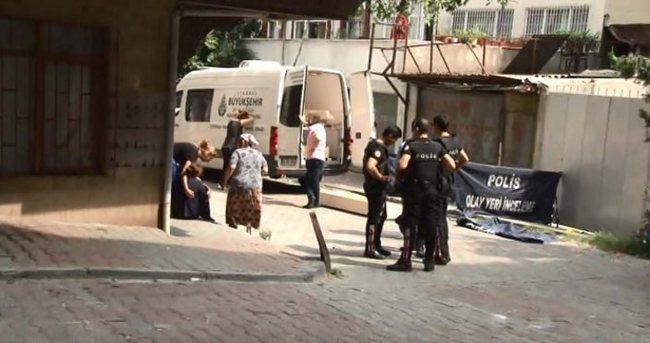 İstanbul'da cinnet dehşeti: 2 ölü, 1 ağır yaralı