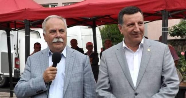 HDP barajı açınca pilav dağıtan, Can Dündar'a da ödül verir!