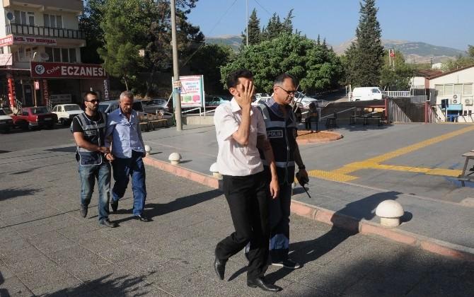 Sağlıkçı Kadının Kapkaç Oyununu Polis Bozdu
