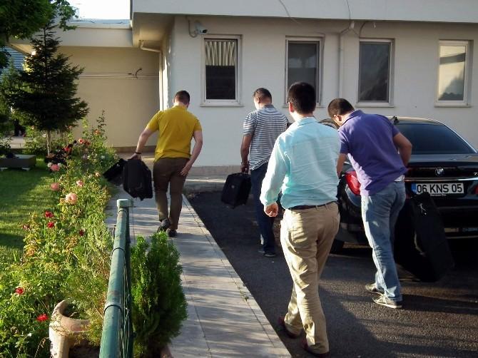 Kayseri'de İş Adamlarına Paralel Yapı Operasyonu