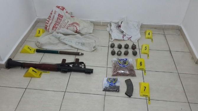 Şırnak'ta 1 Roket, 8 El Bombası Ele Geçirildi