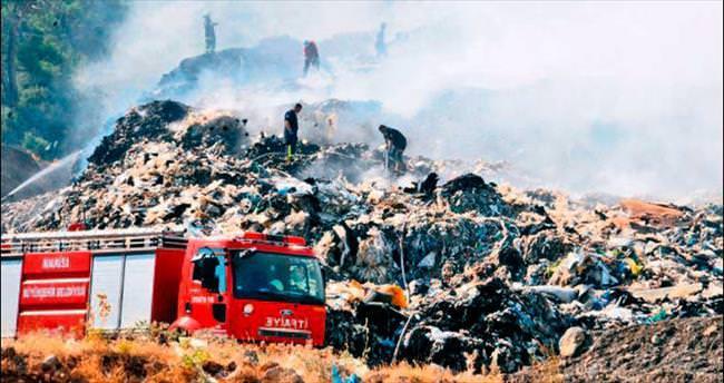 Manisa çöplüğü yine yandı